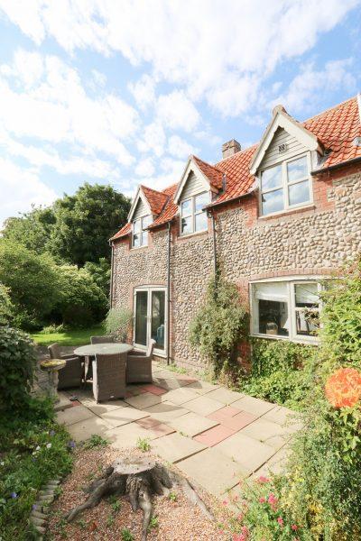 The Blakeney Cottage Company - Elite Cottages