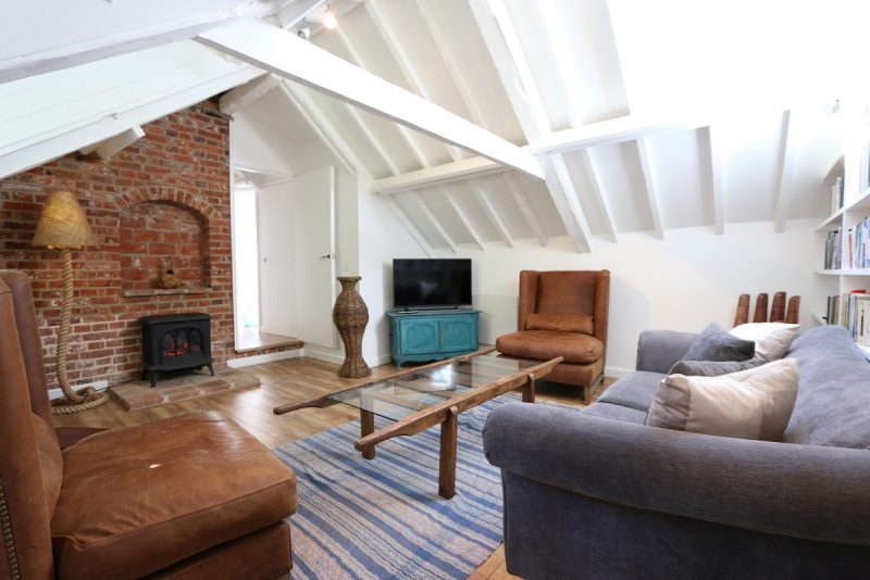 Set Within The Grounds Of A Historic House In Wells Next The Sea, The Coach  House Sits In A Lovely Quiet And Peaceful Spot About A 5 Minute Walk From  The ...